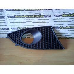 TOLEDO 3 - rejilla antiniebla derecha 5P0853666C