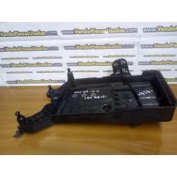 TIGUAN 2 TOURAN 5T - Caja soporte de batería 5QF915331C 5QF915321