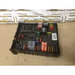 A3 8P- GOLF 5 - caja de fusibles fusilera 1K0937124K