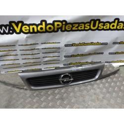 90452416 - PARRILLA CALANDRA DELANERA OPEL ASTRA F